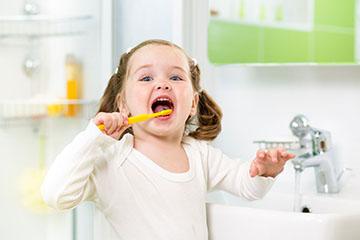 уход за зубами ребенка