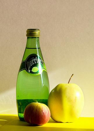 Для эффективного устранения запоров рекомендуется больше пить