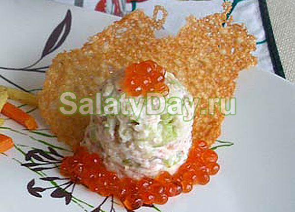Вариация на тему салата Вальдорф с сыром и креветками
