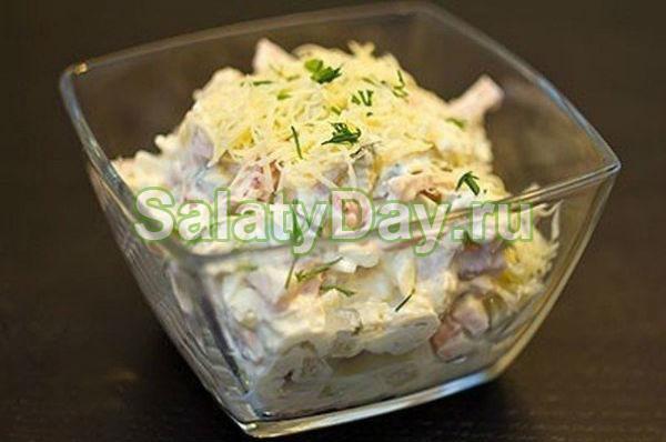 Салат с ветчиной и сыром и огурцами «Совершенство»