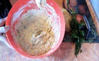 Кабачковые оладьи без яиц - фото шаг 4