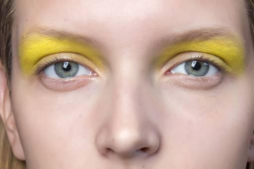 желтые тени