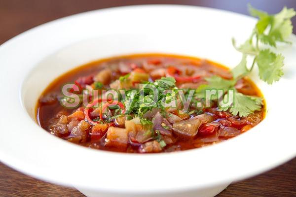 Боннский суп со свеклой