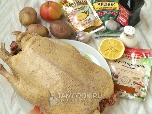 Ингредиенты для утки, фаршированной картофелем