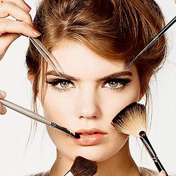 Правильный макияж должен не только скрывать недостатки, но и подчеркивать красоту и сильные стороны любого лица.