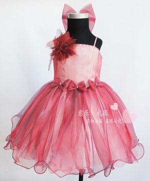 Детское платье с бантами и пышной юбкой на kitmall.ru