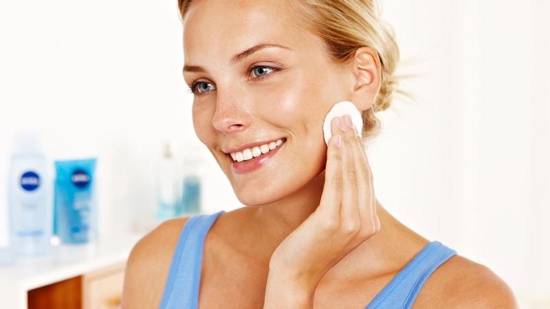 подоготовка кожи к нанесению макияжа